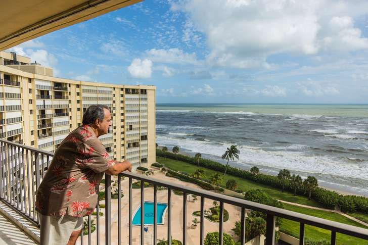 As Cat 4 closed in, beachfront residents explain why they didn't budge photo
