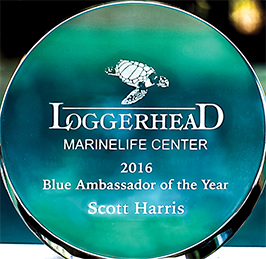 Scott Harris received the Loggerheatd Marinelife Centers 2016 Blue Ambassador of the Year Award which recognizes a person who has made significant contributions in ocean conservation in greater South Florida through volunteer-related acivities